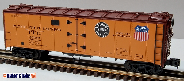 MTH Premier 20-94244 Pacific Fruit Express PFE Union Pacific 40\' Steel Reefer #47625