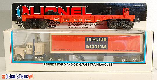 Lionel 6-52040 Grand Trunk Flatcar with Lionel Tractor & Trailer