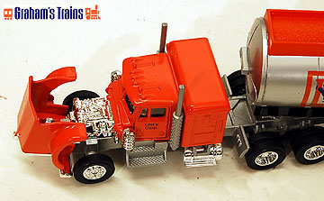 Lionel 6-12991 Linux Gas Tractor & Tanker