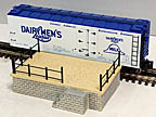 K-Line K703-8011 Dairymens League Operating Milk Car and Platform